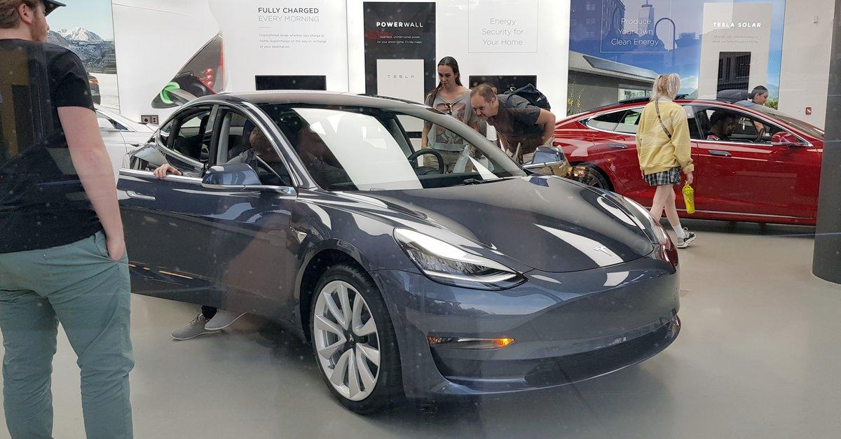 Elektromobilität - 커버