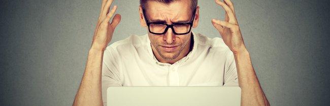 16 Technik-Probleme, mit denen jeder Büro-Mitarbeiter schon zu kämpfen hatte