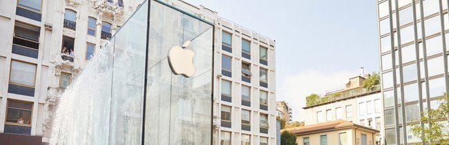 Mailand erhält neue Sehenswürdigkeit: Apples Bilder der Store-Eröffnung