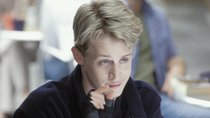 """Kevin"" taucht in Horror-Serie auf: Irres Set-Foto zeigt Macaulay Culkin in neuer ""American Horror Story""-Staffel"