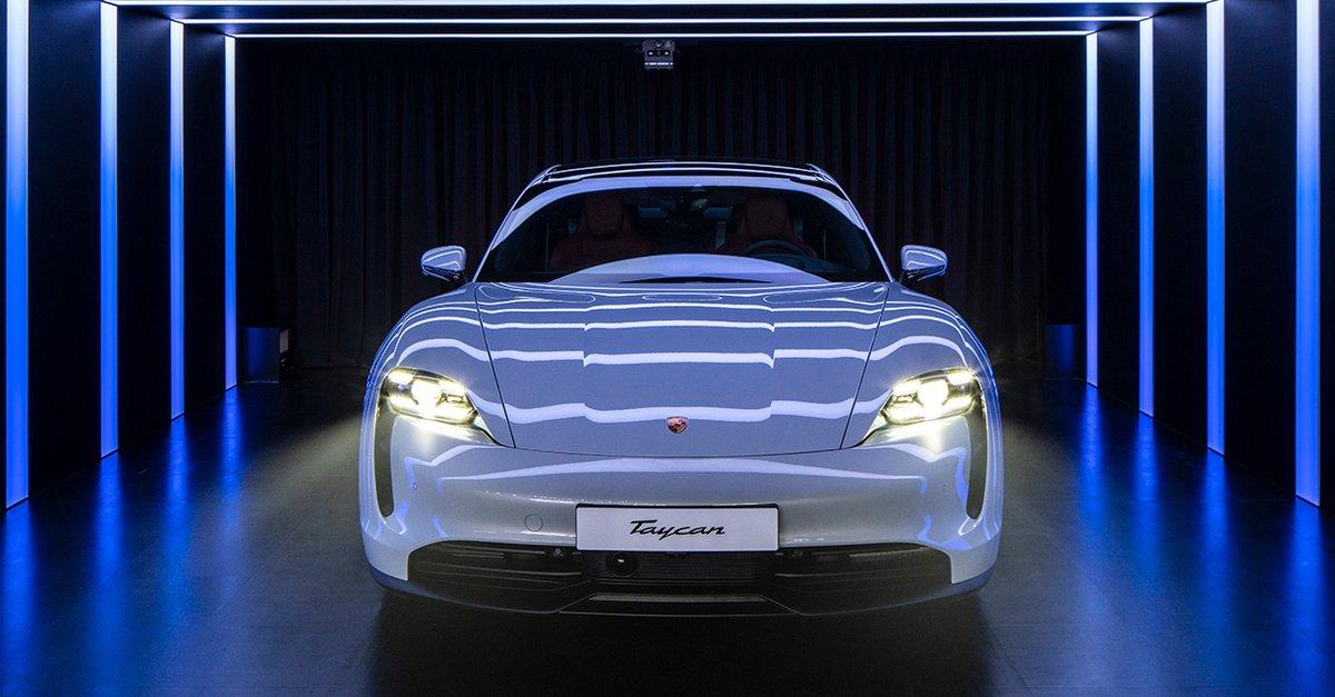 Elektromobilität - cover