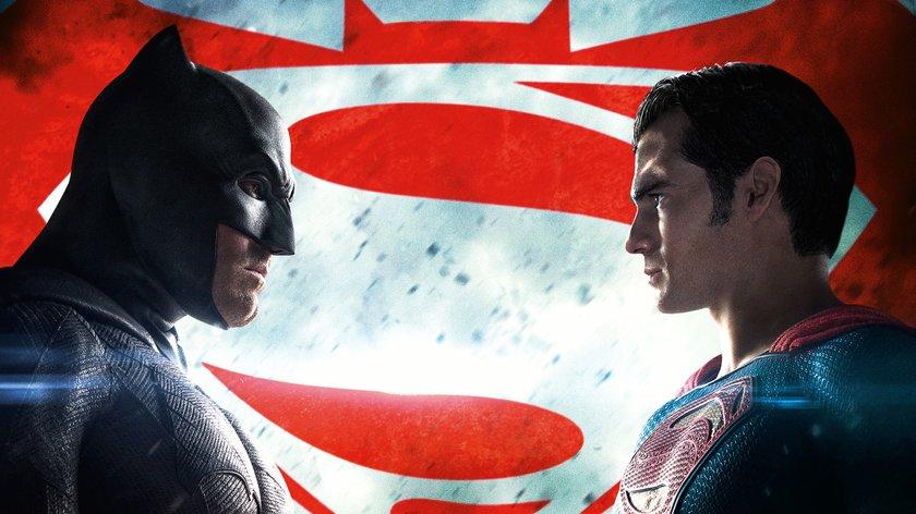 """Nach """"Army of the Dead"""": Zack Snyder will immer noch neuen """"Batman v Superman""""-Film machen"""