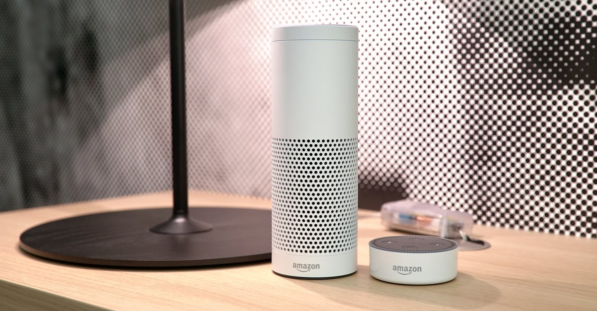 amazon echo und echo dot im test mit alexa auf du und du. Black Bedroom Furniture Sets. Home Design Ideas
