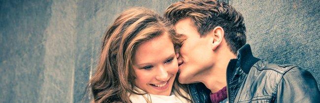 Schöne Liebessprüche für WhatsApp, Facebook & Co. zum Valentinstag