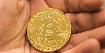 fotók eladása bitcoin számára bitcoin atm svájc