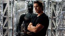 """Batman-Star feiert MCU-Debüt: """"Thor 4""""-Bilder zeigen endlich Christian Bale – mit Glatze!"""
