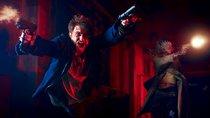 """Guns Akimbo"": ""Harry Potter""-Star Daniel Radcliffe ballert sich ohne Hose durch den fetzigen ersten Trailer"