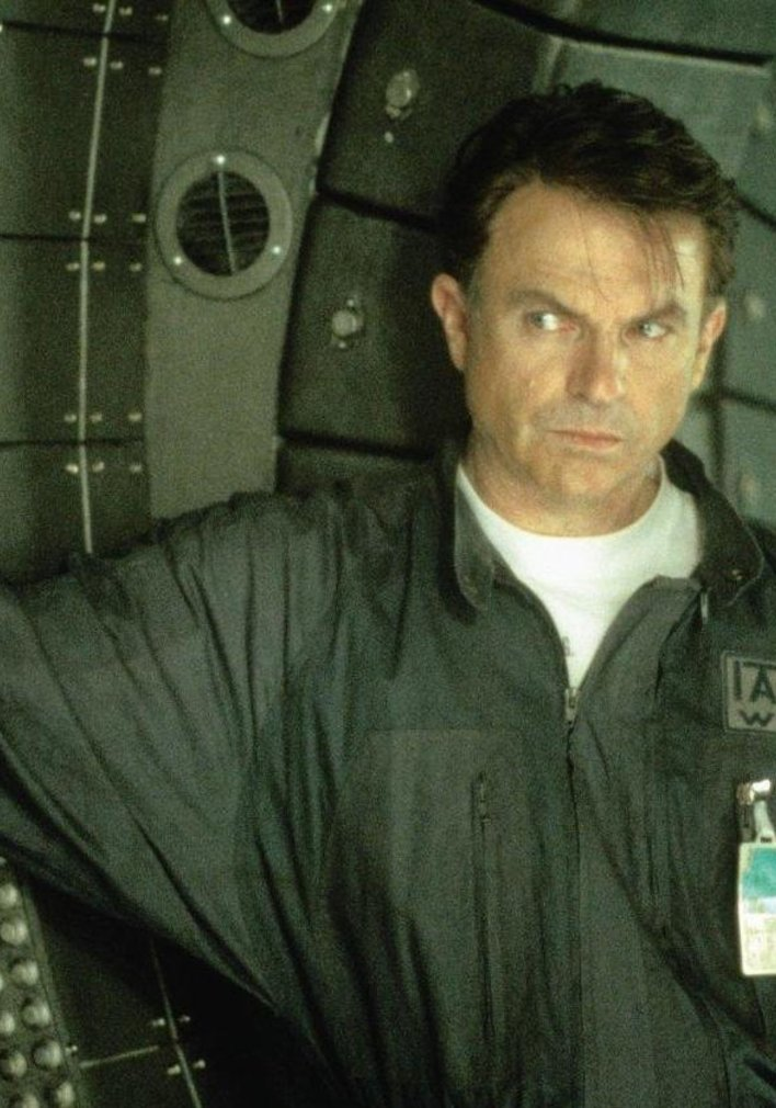 """""Event Horizon 2"": Amazon plant Serien-Version mit ""Godzilla""-Regisseur"""