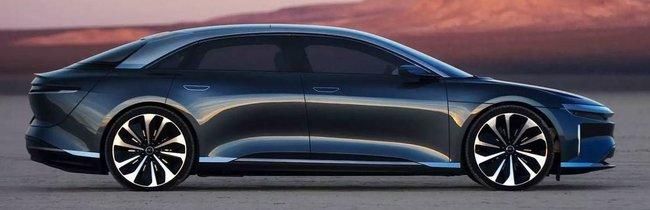 Tesla, VW, Škoda und Audi: Das sind die beliebtesten E-Autos der Deutschen
