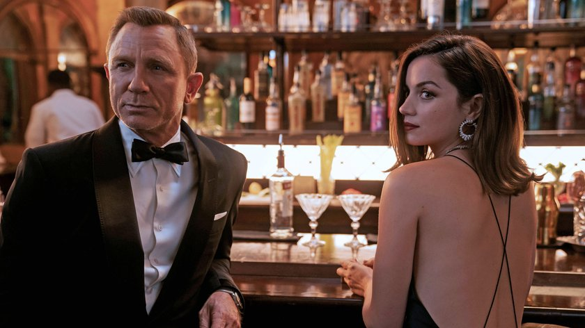 James-Bond-Filme: Chronologische Reihenfolge aller 007-Filme, Bösewichte, Bond-Girls und Titelsongs