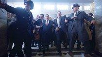 """""""The Irishman"""" auf einem Smartphone: Martin Scorsese rät dringend davon ab"""